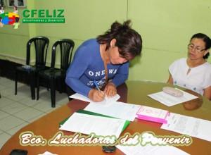 Firma de una de las socias del banco comunal